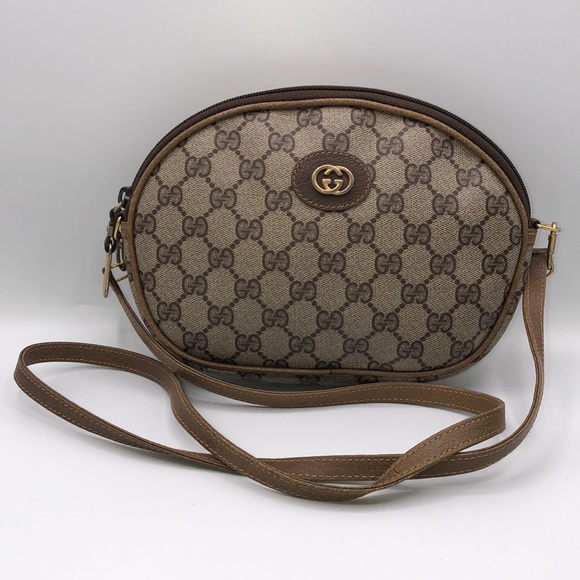 1e1df592a30c Gucci Bags | Authentic Vintage Logo Crossbody Bag | Poshmark